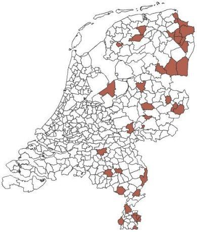 Gemeenten met een bovengemiddeld aandeel personen met een werkloosheids-, bijstands- en arbeidsongeschiktheidsuitkering (respectievelijk meer dan 23, 35 en 70 per 1 000),  juni 2010